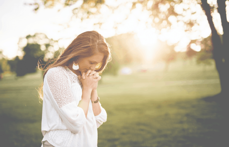 20 Scriptures for Thanksgiving and Praise